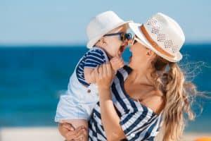 לטוס עם תינוק לזנזיבר