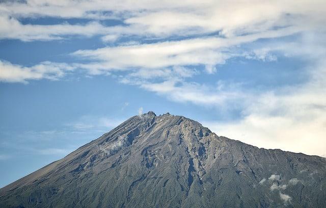 טארק הר מרו